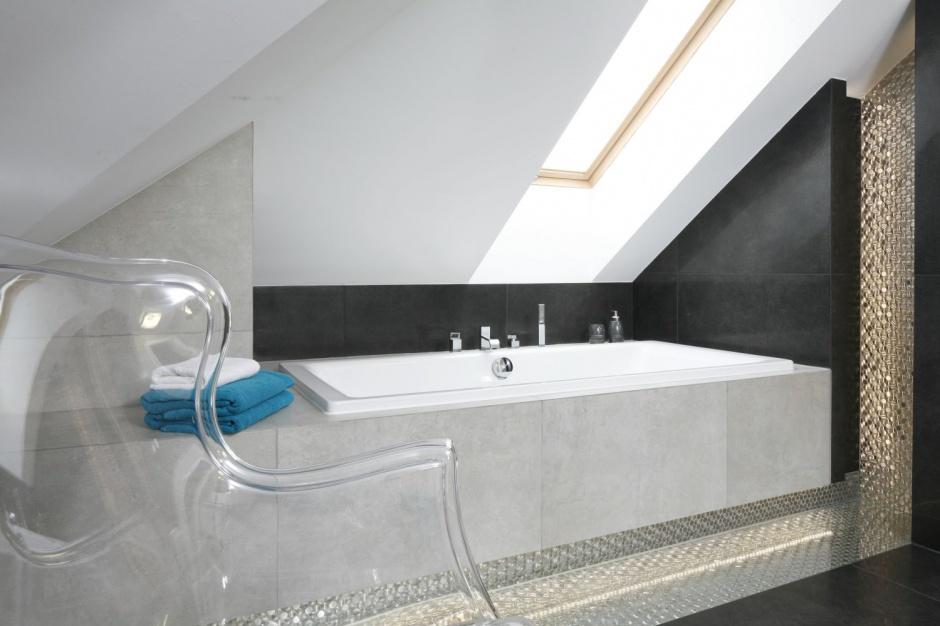 Łazienka na poddaszu: gotowy projekt dla rodziny