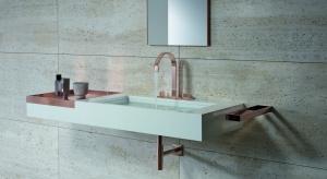 Trendy łazienkowe: postaw na złoto i miedź