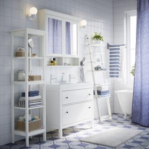 Przechowywanie w łazience: różne sposoby na organizację przestrzeni