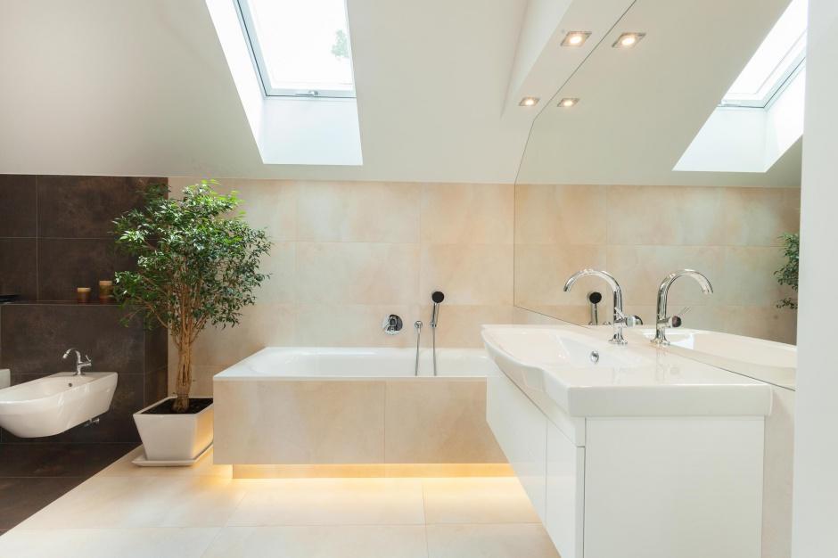 Oświetlenie w łazience: efektowne i energooszczędne taśmy LED
