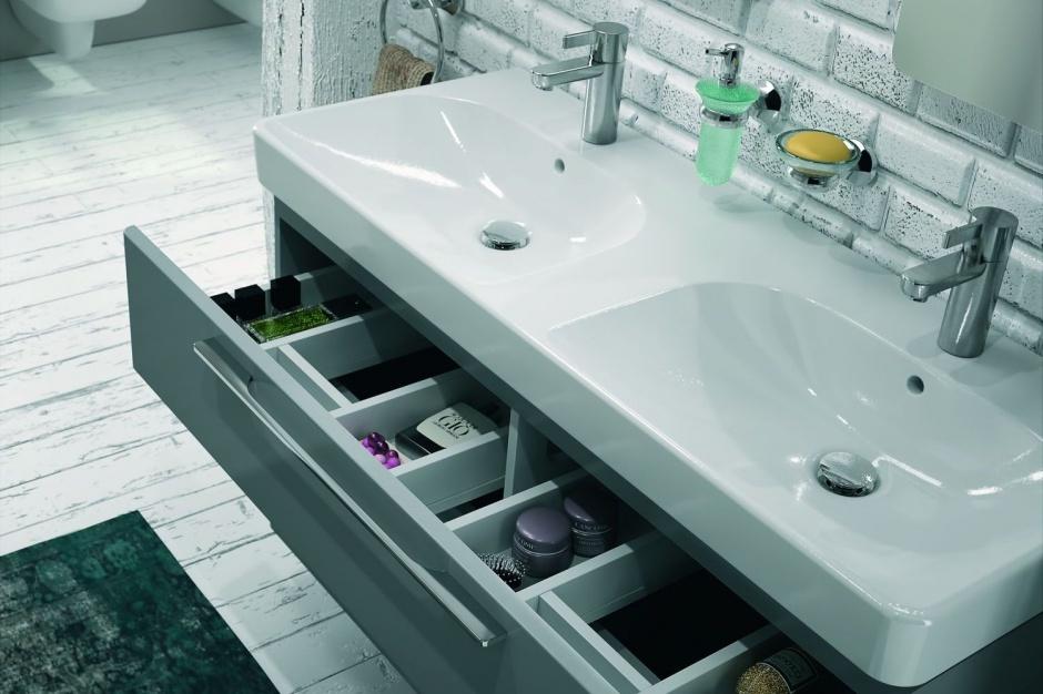Meble łazienkowe: wybieramy szafkę podumywalkową