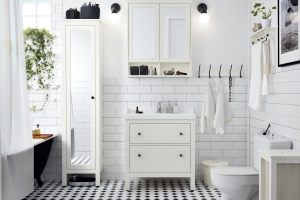 Meble do małej łazienki: 10 kolekcji na niewielki metraż