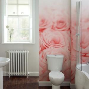Ściana w łazience: 3 pomysły na fototapetę