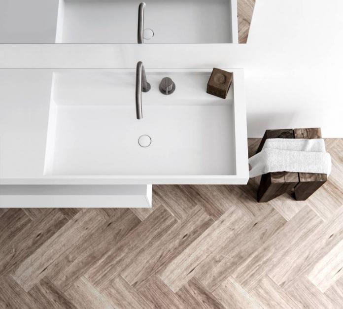 Nowoczesna łazienka: postaw na umywalkę Solid Surface