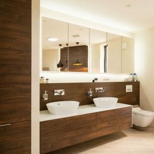 Blat w łazience: wybierz konglomerat kwarcowy