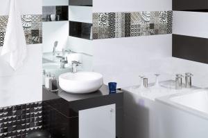 Ponadczasowa łazienka: postaw na klasyczne kolory