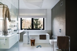 Jak urządzić łazienkę w stylu loft? Radzi arch. Anna Koszela