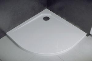 Odlew mineralny w  łazience – trwałość, funkcjonalność iestetyka
