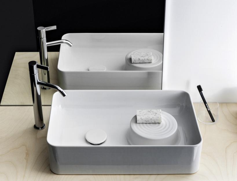 Stojące baterie umywalkowe: piękne wysokie modele