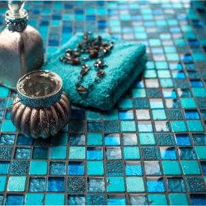 Kolor w łazience: postaw na barwne... fugi