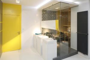Nowoczesna łazienka: 10 projektów polskich architektów