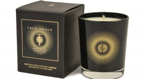 Relaks w łazience: świece w świątecznych zapachach