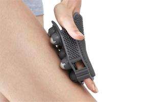 Rękawica do masażu: praktyczny gadżet do łazienki