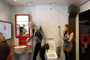 Modelowa łazienka dostępna wg marki Noken