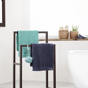 Wieszak na ręcznik: modne i praktyczne rozwiązania