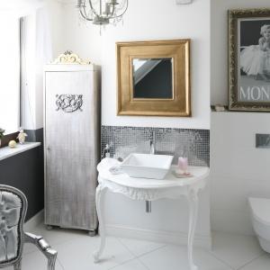 Aranżacja łazienki: postaw na wizerunki gwiazd kina