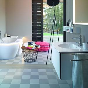 Nowoczesna łazienka: wybieramy wyposażenie