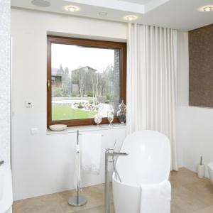 Łazienka z oknem: 15 wnętrz z domów Polaków