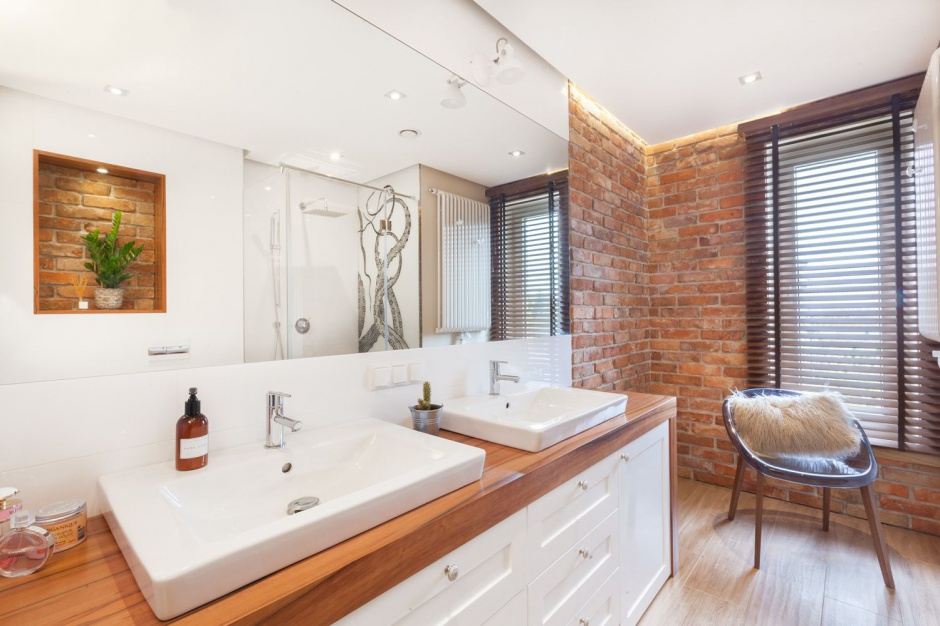 Przytulna łazienka: tak ją urządzisz z projektantem