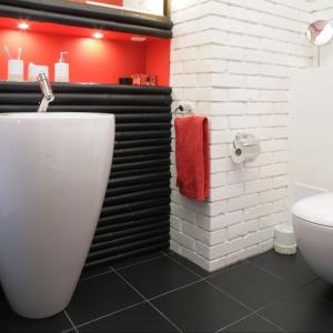Cegła w łazience - nie tylko czerwona
