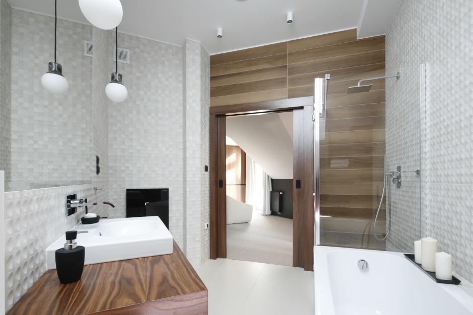 Inspirujemy Nowoczesna łazienka Na Poddaszu Gotowy