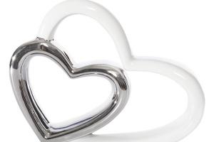 Łazienka na Walentynki: pomysły dla zakochanych