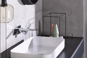 Różne sposoby montażu umywalki - zobacz je wszystkie!