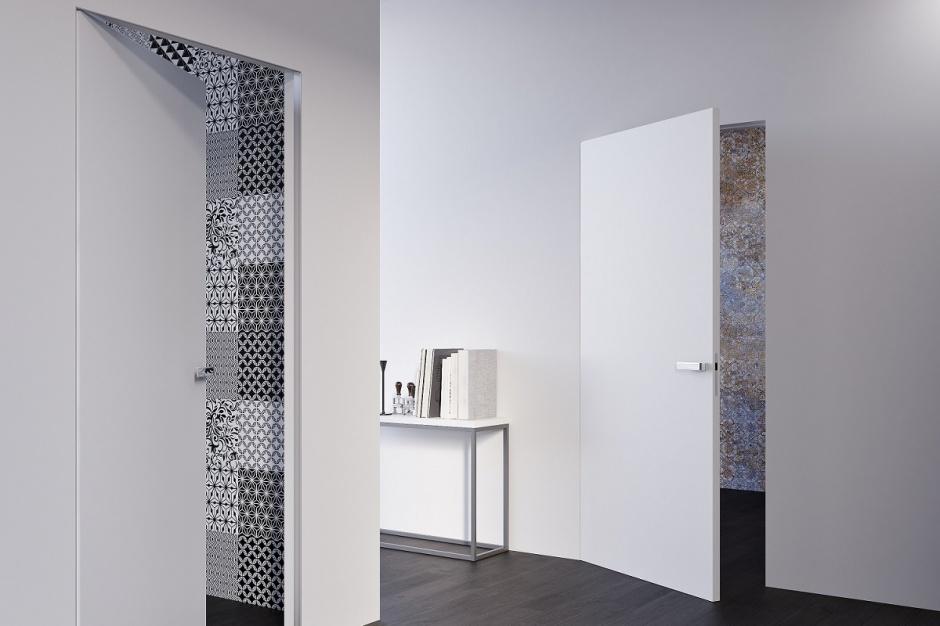 Drzwi do łazienki - tak schowasz je w ścianie