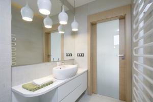 Jasna łazienka: 20 pięknych zdjęć
