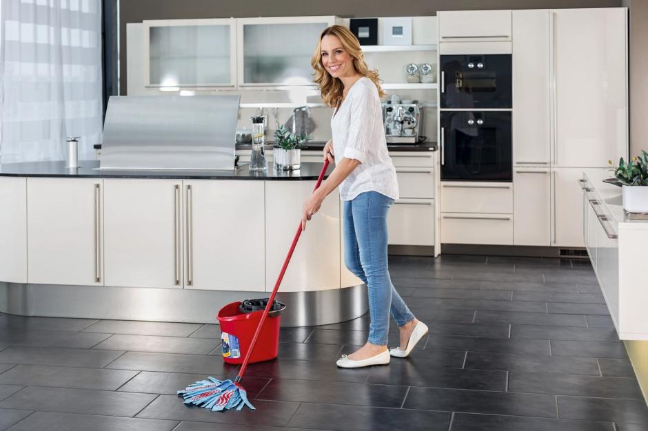Domowe porządki: przydatne akcesoria, które ułatwią sprzątanie