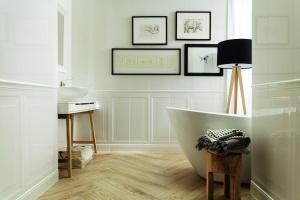 Łazienka w połysku: 10 kolekcji błyszczących płytek