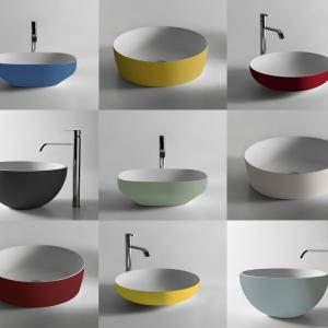 Modna strefa umywalki: nowa, kolorowa kolekcja