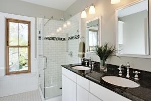 10 pomysłów na blat w łazience