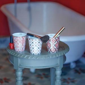 Pachnąca łazienka: nowe, eleganckie świece zapachowe