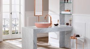 Kolor w strefie umywalki: postaw na barwne wyposażenie