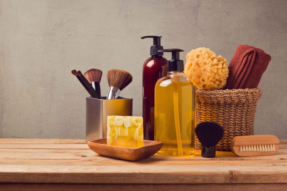 Kosmetyki w łazience: pomysłowe sposoby na ich przechowywanie