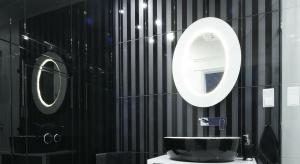 Łazienka w stylu glamour: inspiracje