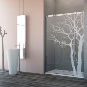 Szkło w łazience: trzy inspirujące pomysły