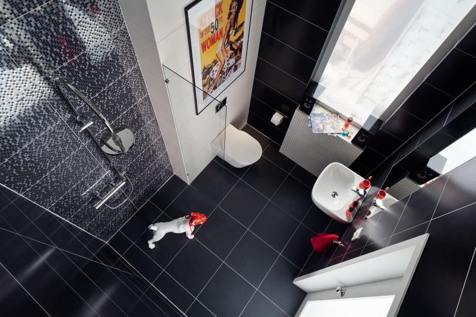 Czarno-biała łazienka: elegancka kolekcja płytek ceramicznych
