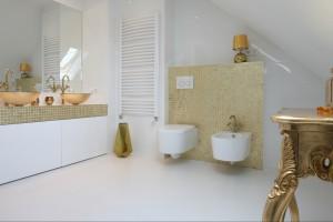 Łazienka w stylu glamour: pakiet inspiracji