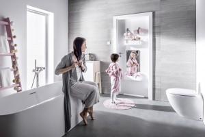 Drzwi do łazienki: inteligentny model z praktycznymi funkcjami