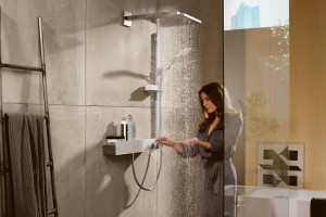Strefa prysznica: postaw na nowoczesną armaturę