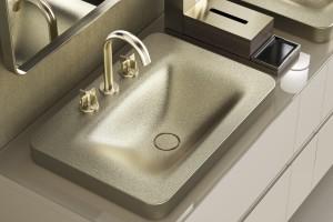 Roca znowu tworzy z Giorgio Armanim: nowa kolekcja do łazienek