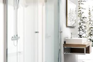 Prysznic w małej łazience. Radzimy jak go urządzić
