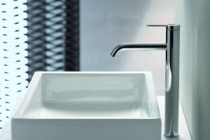 Nowoczesna strefa umywalki: 3 serie uniwersalnych baterii