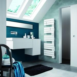 Grzejnik łazienkowy: klasyczna forma i praktyczne funkcje