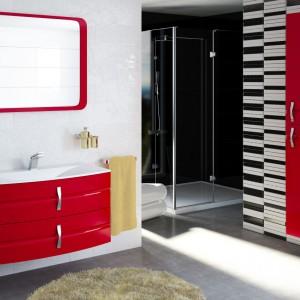 Łazienka w kolorach wiosny: odważ się na barwne wyposażenie!