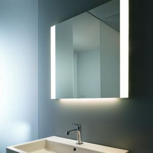 Lustro zintegrowane z oświetleniem: 5 nowoczesnych modeli