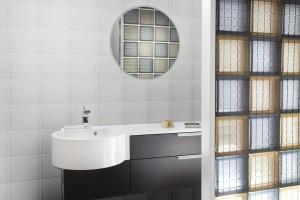 Aranżacja łazienki: wielki powrót luksferów