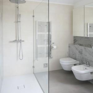 Nisze i wnęki w łazience: 10 przykładów z polskich domów